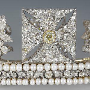 George IV's Diamond Diadem to go on show at Buckingham Palace