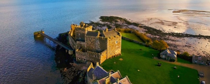 Geotourist launches new Outlander Filming Locations audio tour with VisitScotland