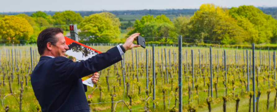 Kent businesses welcome Minister for Tourism & Sport as part of English Tourism Week